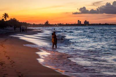 Abends am Strand von Varadero, fotografiert am 14. November 2007.