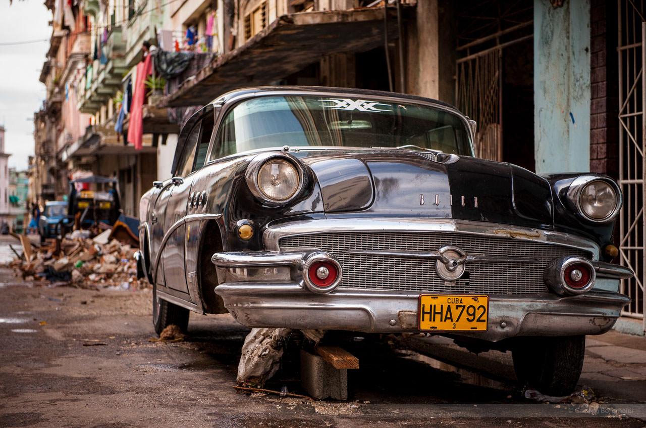 Straßenkreuzer, fotografiert in der Altstadt von Havanna am 29. Mai 2009.
