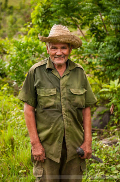 Mann mit Machete in El Moncada. Fotografiert am 3. Juni 2009.