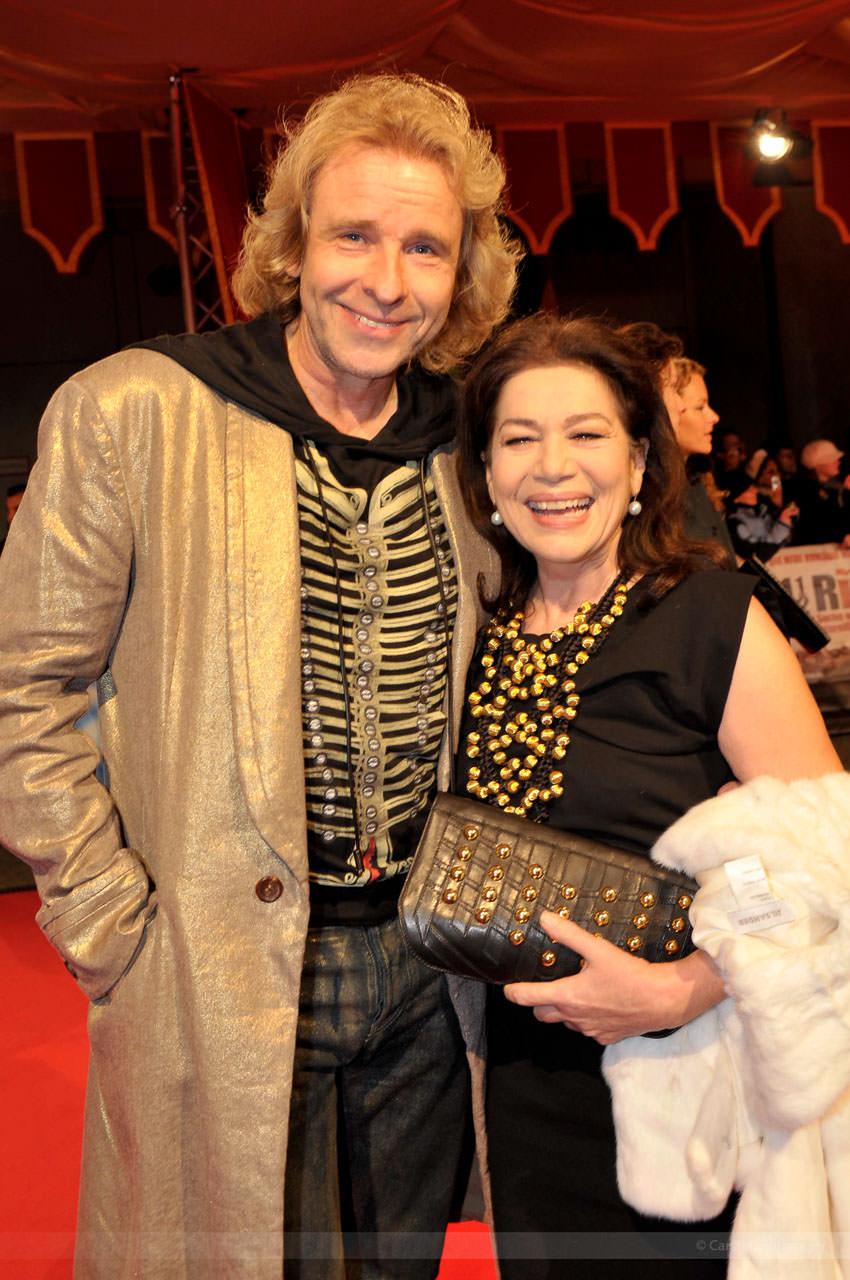 Moderator Thomas Gottschalk und Schauspielerin Hannelore Elsner, Berlin, Dezember 2008
