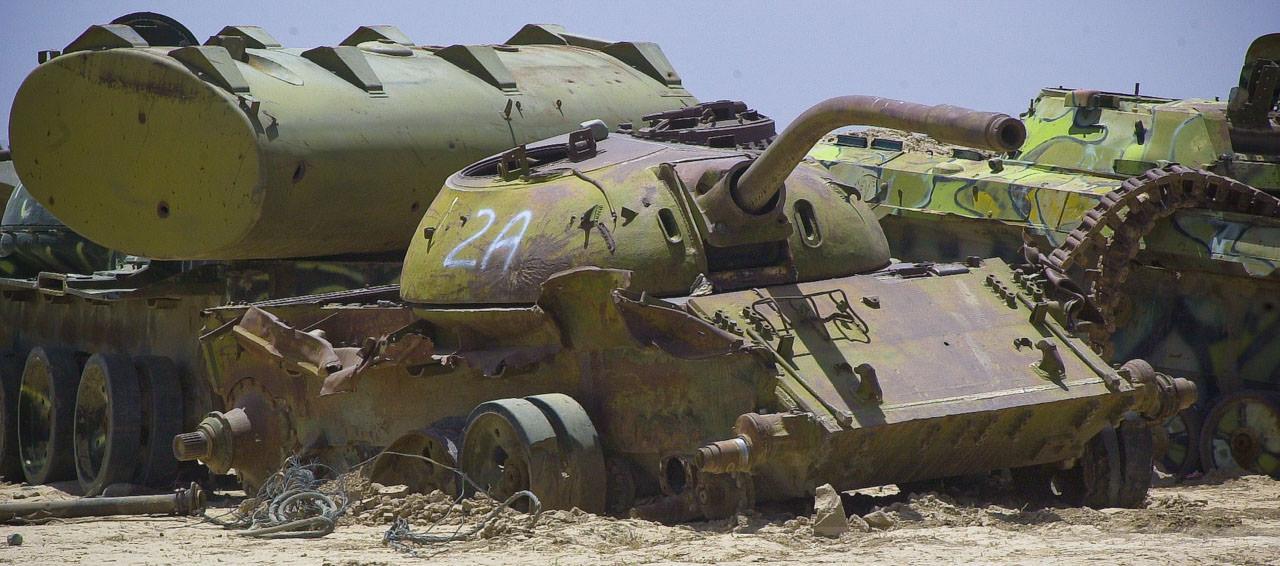 Kriegsschrott aus Sowjet-Zeiten, Kabul, Afghanistan, Juli 2004