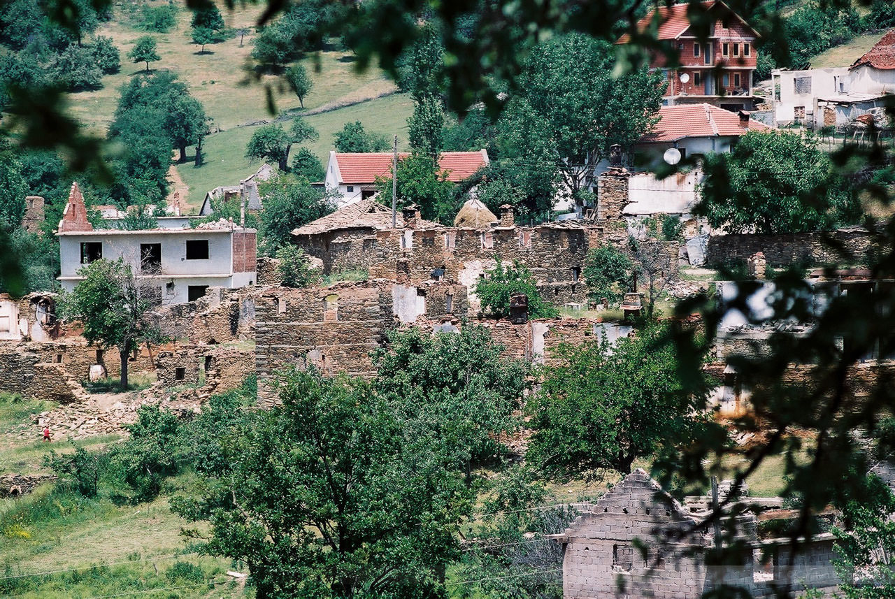 Blick auf Stimlje, Kosovo, Mai 2000